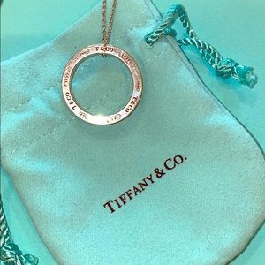 TIFFANY & CO 1837 silver, circle necklace. Classic
